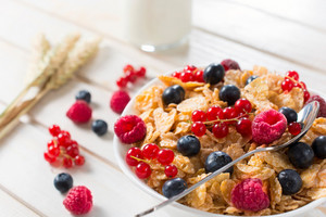 Corn Flakes And Fruit