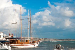 Cruise Sailboat