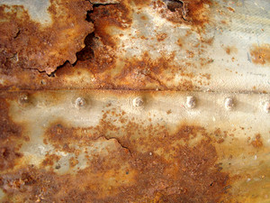 Damaged_rusty_metal