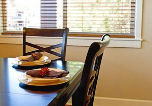 Dinning Table Interior