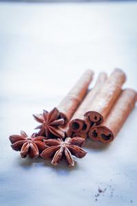 Cinnamon And Anise Stars
