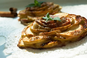 Apple Tart With Mint And Cinnamon