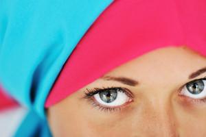 Eyes in veil