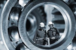 giant machinery and mechanics