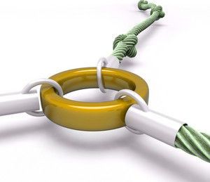 Gold Link Shows Attached Connection