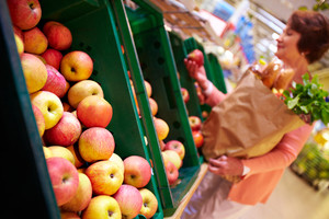 Image of fresh apples in supermarket