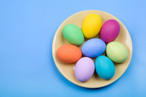 Image of several color eggs placed on plate