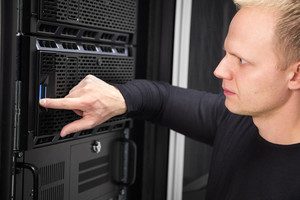 It consultant working with servers in enterprise datacenter