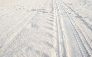 white sand wite foot print