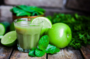 Green Smoothie With Apples