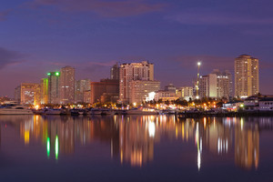 Harbor-square-manila-bay-nightscape
