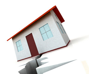 House On Crack Shows Housing Market Decline