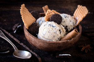 Ice Cream And Cookies In Bowl