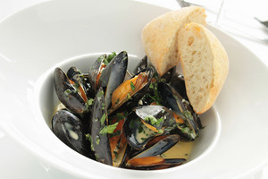 Cooked Mussels Moules Marinier