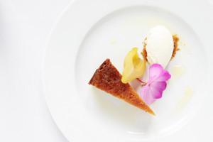 Pear Drizzle Sponge Cake