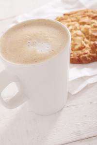 Cuppucino Coffe With Cookie