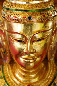 Lanna golden statue