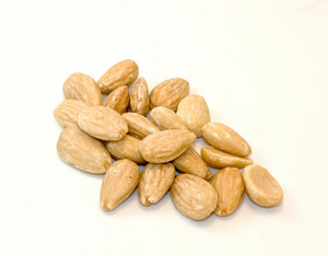 Nuts Blanched Almonds