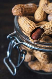 Open Peanuts In Shell