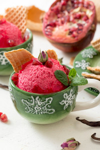 Pomegranates Ice Cream