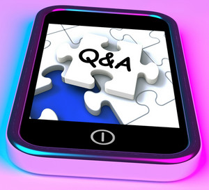 Q&a On Smartphone Showing Asking Inquiries