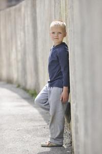 Yittle blond boy portratit