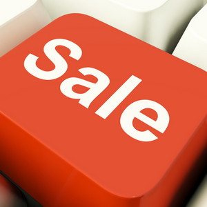 Sale Computer Key Showing Promotion Discount And Reduction