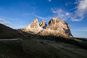 Sasso Lungo, Cinquedita and Sasso Levante mountains as seen from the trail to Rifugio Sassopiatto, Dolomites, South Tyrol, Italy