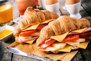 Croissants Sandwich