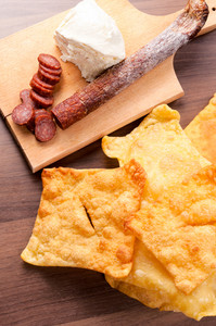Serbian Tortilla Chips, Meat And Cheese