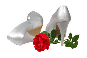 Silver Women's Heel Shoes With Red Rose