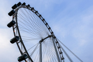 Singapore flyer with sky