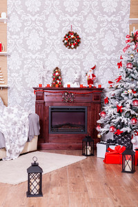 Beautiful Christmas living room with decorated Christmas tree. Homecoming.
