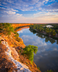 Beautiful Cliffs on the River Murray