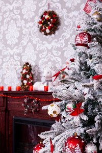 Beautiful holdiay decorated room with Christmas tree. Holiday spirit.