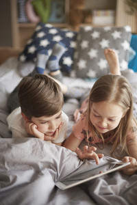 Children intrested in playing game