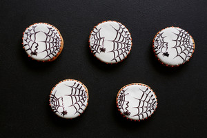 Decorative cookies made up as net with spiders