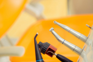 Dental instruments, selective focus