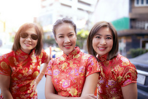 group of asian woman wearing chinese tradition clothes toothy smiling face happiness emotion