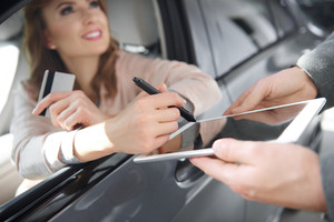Modern way of signing contract of buying car