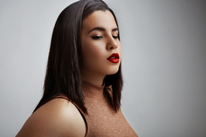 pretty plus size model with a red lips