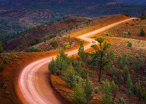 Road through Bunyeroo Valley in the Flinders Ranges