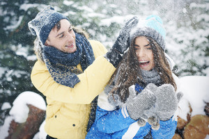Snowball fight in winter make us happier