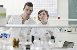 Students couple in lab