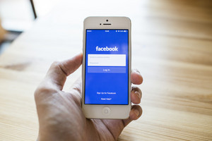 Facebook page sign in page on iPhone 5