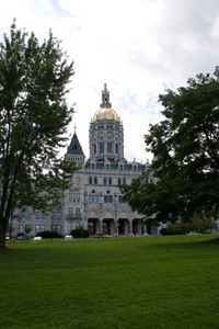 The golden domed capital building in Hartford Connecticut.
