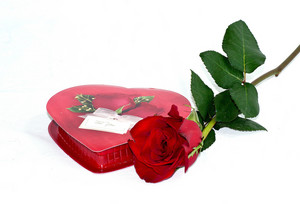 Valentine Gift Box With Rose