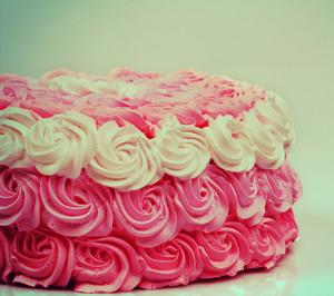 Vintage wedding creamy Ombre cake