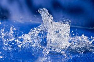 Splashing water from glass