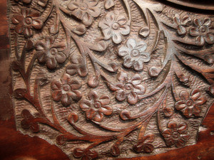 Wood_carve_background